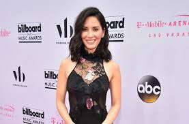 Hit The Floor Olivia - olivia munn makes first red carpet appearance since split from