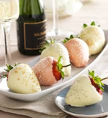 White Chocolate Dipped Strawberries 81 Best Chocolate Dipped Fruit Arrangements Images On Pinterest