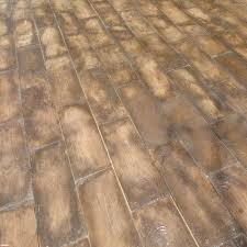 Wood Grain Stamped Concrete by 75 Sq Ft Barnwood Plank Patio On A Pallet Paver Set Brown