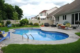 Above Ground Pool Patio Ideas Small Yard With Pool Small Backyard With Pool Landscaping Ideas