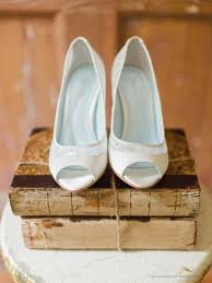wedding shoes open toe 24 chic vintage wedding shoes from deer pearl flowers