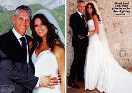 hello wedding dress gary lineker and danielle bux wedding