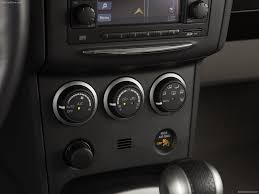 nissan rogue interior nissan rogue 2011 picture 14 of 29