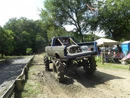 mudding four wheelers mud bog