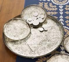 hanukkah plates 30 best hanukkah dishes images on hanukkah