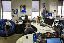 Brooklyn Office Furniture by Hillary Clinton U0027s Brooklyn Campaign Headquarters Inside Her