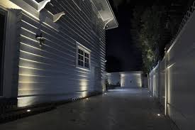 specializing in low voltage landscape lighting