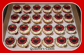 elmo cupcakes elmo cupcakes queenie s cakes