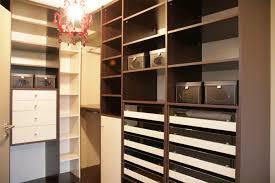 Rangement Cagibi by Exemple Dressing Chambre Des Niches Murales Servent Faire Un