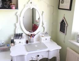 Dress Up Vanity Furniture Rectangle White Wooden Bedroom Vanity With Recangle