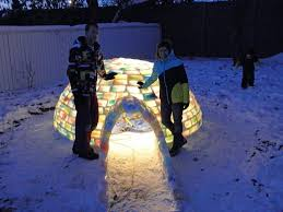 how to build your own rainbow colored igloo with milk carton ice