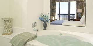 Hotels With Bathtubs Capes Hotel Virginia Beach Oceanfront Resort Queen Whirlpool Room