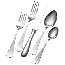 towle blaine 18 10 stainless steel 20 piece flatware set