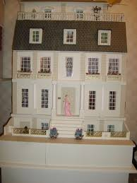 dolls house gallery