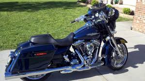 finally inner fairing in big blue pearl harley davidson forums