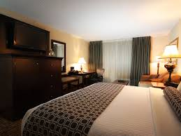 This Closest by Crowne Plaza Chicago Northbrook Northbrook Illinois