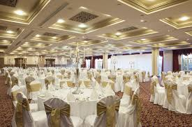wedding receptions near me alternative wedding venues places for weddings find a wedding