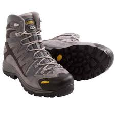 best s hiking boots australia s hiking boots average savings of 49 at trading post