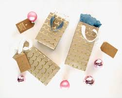 make it diy custom gift bags from wrapping paper curbly