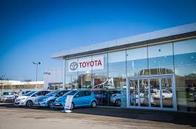 local toyota dealers listers toyota uk new u0026 used toyota dealers