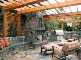 cuisine de jardin en photo cuisine exterieure jardin meuble exterieur barbecue table