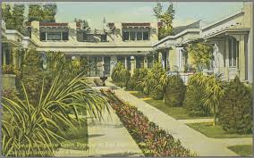 file type of bungalow court popular in los angeles calif the