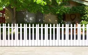 25 ideas for decorating your garden fence diy
