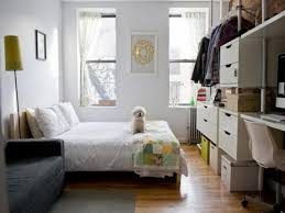 How To Organize A Small Bedroom by How To Utilize Space In A Small Bedroom Organization Diy Clothes