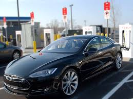 tesla electric car elon musk tesla could make a 400 mile range car today business