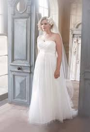 wedding dress for curvy beautiful wedding dress for curvy women voguemagz voguemagz