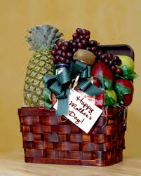 how to make gift baskets how to make a s day gift basket
