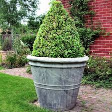 big flower pots home design ideas flower bed pinterest