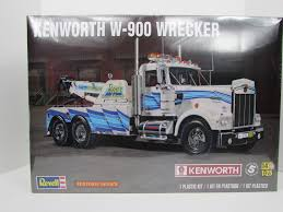 truck wreckers kenworth kenworth w 900 wrecker revell 85 2510 1 25 new model truck kit