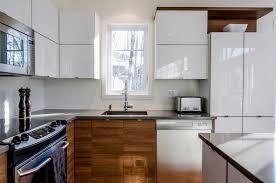 cuisine contemporaine en bois cuisine contemporaine bois et lumière hawey design