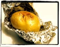 pomme de terre en robe de chambre pomme de terre en robe des chs au four cookismo recettes