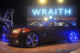 rolls royce wraith headliner 2013 rolls royce wraith debuts in malaysia wemotor com