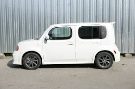 cube cars interior boxy nissan cube proves to be tech delight roadshow