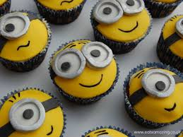 minion cupcakes 15 easy to make minions cupcakes cakes