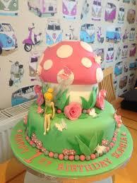 tinkerbell birthday cake 22354c20a0b5201cbecb0661d163b7de jpg 736 981 partytjie ideas