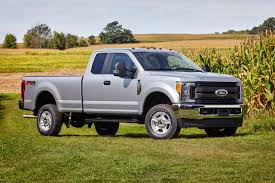 Ford Diesel Truck 2016 - ford unveils 2017 super duty trucks redesigned aluminum body