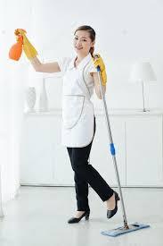 hotel femme de chambre chambre d hôtel nettoyage femme de chambre asiatique