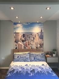 themed room decor best 25 city theme bedrooms ideas on batman room