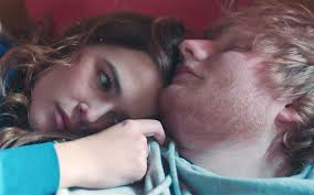 ed sheeran perfect video actress ed sheeran s video for perfect watch love story with zoey deutch