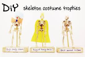 diy halloween costume trophies youtube