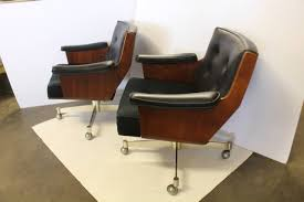 Swivel Beach Chair by Executive Swivel Desk Chairs By Thonet For Sale At 1stdibs