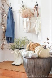 20 cozy farmhouse fall decor ideas the crafting nook by titicrafty