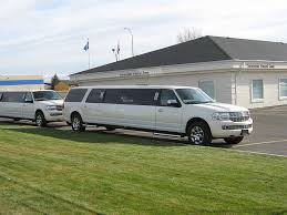 limo lights tour minneapolis limo service minneapolis what rrv limousines offer renee s royal