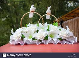 wedding car flowers decoration among the many decorations of the