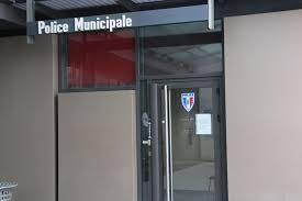 bureau de poste echirolles municipale echirolles