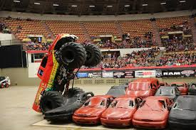 what happened to bigfoot the monster truck the fight goes to a draw in round 2 of the monster nationals all